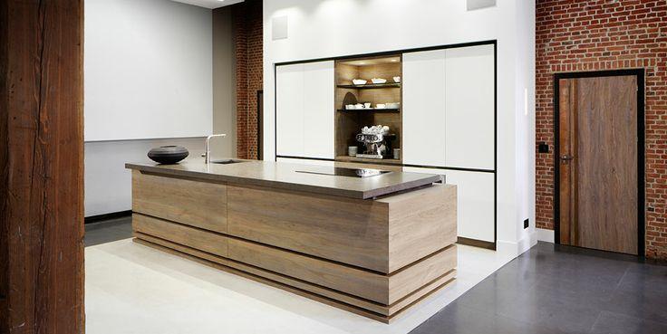Home ID keuken|Keuken woonbeurs|Tinello keuken modern|Olijfhout|