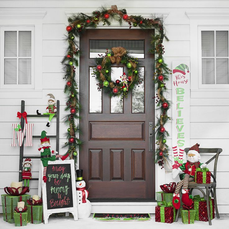 Get Your Home In The Holiday Spirit With Our Christmas Decoration Ideas: 168 Best Decorating For Christmas Images On Pinterest