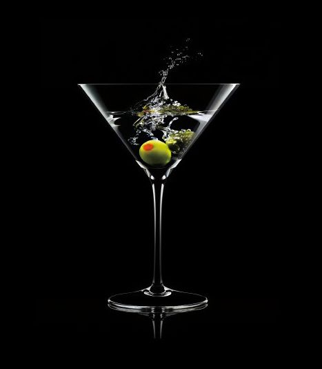 Tanqueray Dry Martini Splash 2 4 Dashes Of Vermouth On
