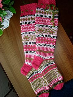 Susannat-socks pattern by Sinikka Nissi