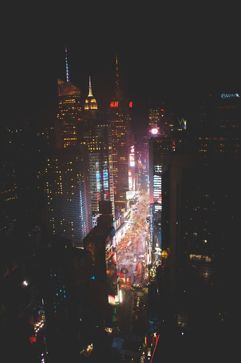 The city that never sleeps | Lost In The Forest Tumblr, December 2013