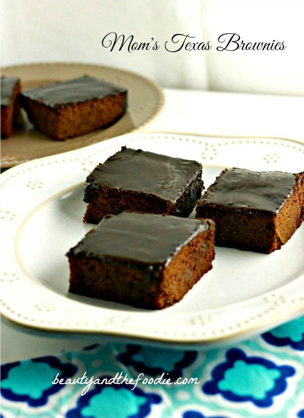 Mom's Texas Sheet Cake Brownies, grain free, paleo, thick, frosted cake like brownies with low carb version. / beautyandthefoodie.com