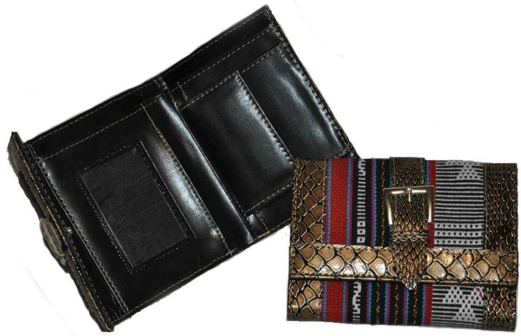Wallets with motives from Timor