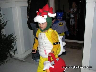 Toddler Bowser by Tina in San Jose, CA Like this? Leave a comment & vote at legendaryhalloween.com/toddler-bowser-costume.html Want to enter your own costume? Do it at www.legendaryhalloween.com/costume-contest-2010.html