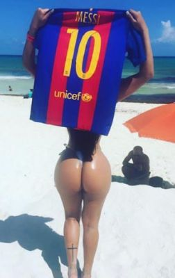 Miss Bumbum Brazil continues her thot ways towards Messi as she pleads for footballer to unblock her. See new photos!