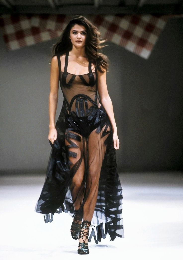 Helena Christensen for Azzedine Alaïa Spring/Summer 1991
