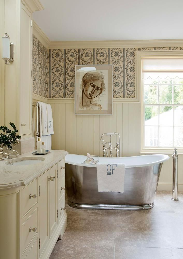Looking To Update Your Bathroom On A Budget Rather Than A Costly Renovation There Are Some S French Country Bathroom French Country Decorating Bathroom Decor French country bathroom decorating ideas