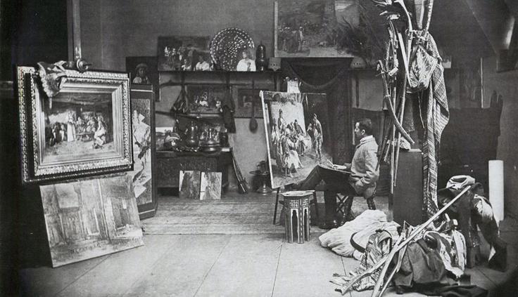 Paja Jovanovic u svom studiju. Paja Jovanovic in his studio
