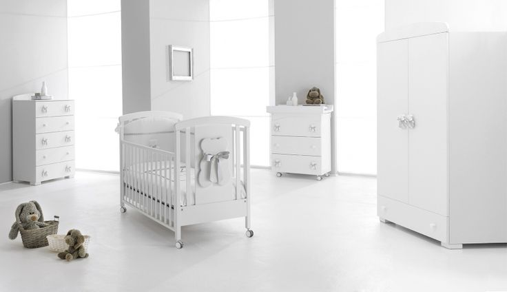 Il Set Bubu di Erbesi è completo di tutto ciò che serve per una cameretta tenera e accogliente!