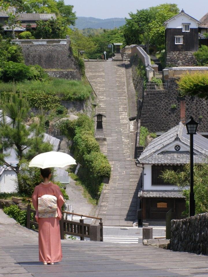 大分, strolling in a small town in Japan