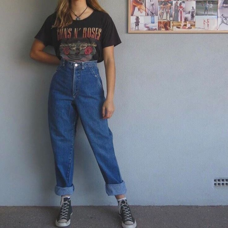 Vintage Outfits 90s Vintage Outfits In 2020 Retro Outfits Aesthetic Clothes Hipster Outfits