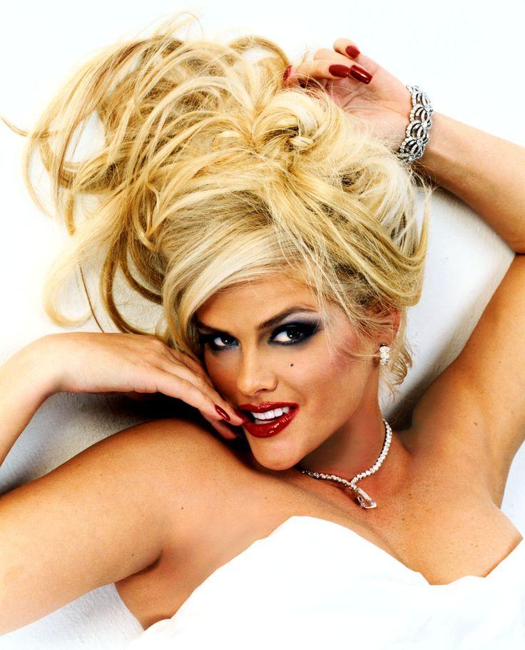 Anna Nicole Smith Sexy 57