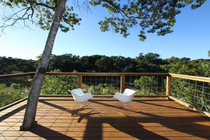 Wire mesh deck railing – Whether you're fixing up an old deck or building a new one, adding unusual or different terrace railings to your deck can spice up the look of your outdoor and covered space. Note the more unusual the deck, the more construction will require handrail railing. Wire mesh deck railing – […] Tags:  wire mesh railing for decks, wire mesh for deck railings, deck railing with wire mesh, wire for deck railing, kenco fencing, wire mesh #deckbuilding