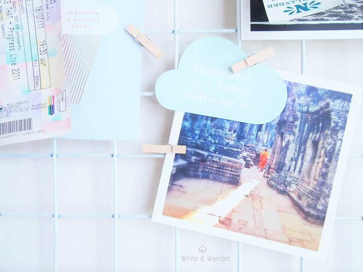 DIY mood moard/ noticeboard/ pinboard with photo's and inspirational quotes.
