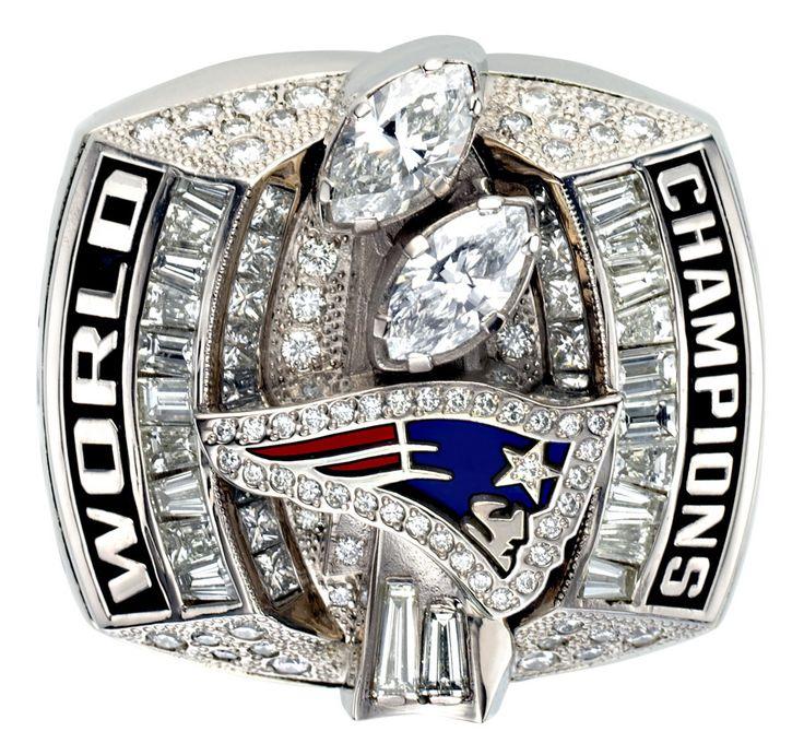 This 2003 New England Patriots Super Bowl XXXVIII ring has us seeing stars.  0909030128970
