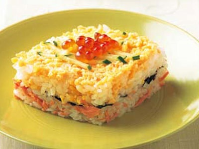 March 3rd is Dolls's day which is a festival for girls. Chirashi-zushi is a necessity for dished for the day.