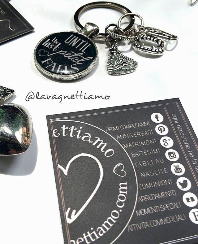 Portachiavi...da fiaba!!!! #beautyandthebeast #beauty #beast #favole #fairy #dream #labellaelabestia #lavagnettiamo #lavagnettiamo@gmail.com #solocosebelle #love #personalizzato