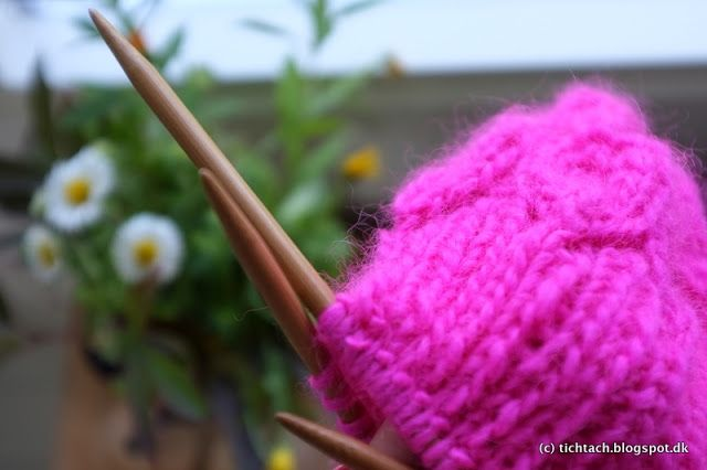 Pink knitting #tichtach
