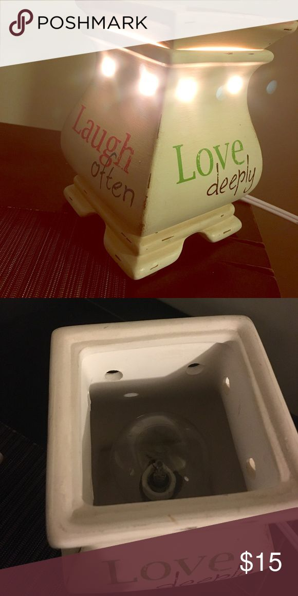 """Live laugh love "" Wax warmer! Plug in. Lightbulb Live laugh love warmer was received as a wedding gift, but we got quite a few (: I'll add in some yummy smells for you too! Other"