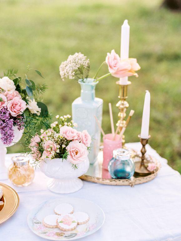 Romantic Watercolor Wedding Ideas | Wedding Sparrow | Emily Katharine Photography