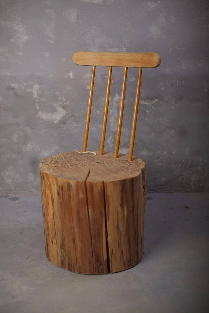 Stoel van hout Bekijk meer stoelen op: http://eetkamerstoelen365.nl/Be
