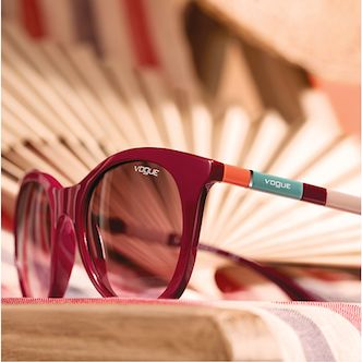Discover the Colorbands collection: contemporary sun and optical styles with vibrant color details.