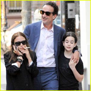 Mary-Kate Olsen, old guy, old guy's kid