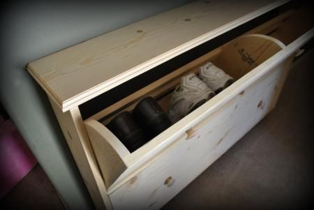 I want to make this!  DIY Furniture Plan from Ana-White.com  A narrow tilt out shoe storage unit that looks like a console table, acts like an entire shoe closet! Special thanks to Niki for sharing her photo.