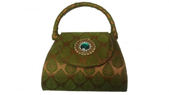 http://www.zaarga.com/search=4=Designer+Handbags