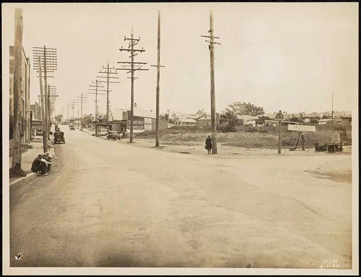 Corner Parramatta Rd and Great North Road at Ashfield/Five Dock in 1930. So many electricity poles compared to now.