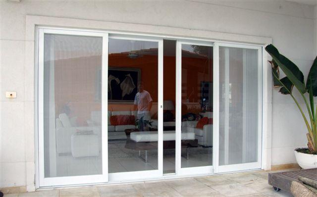 porta de correr de vidro entrada pra sala