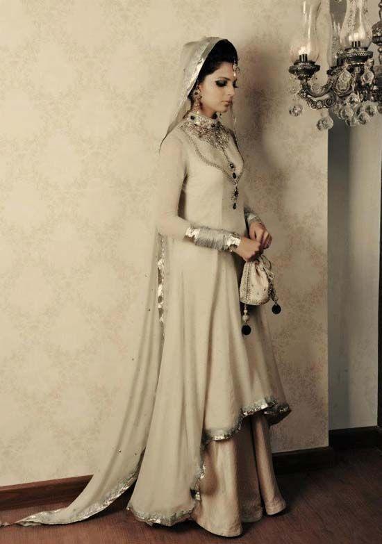wedding lehenga collection for 2013 | Pakistani Bridal Lehenga Designs Collection 2013 (7)