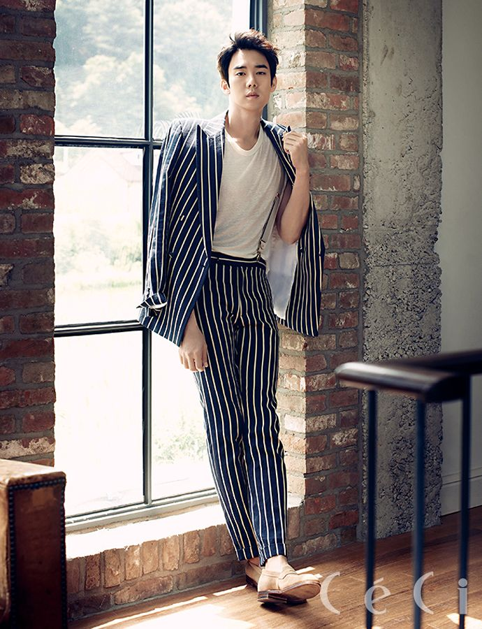 Go here and here for previously released spreads of Park Shin Hye and Yoo Yeon Seok from CéCi's August issue.    Source | CéCi