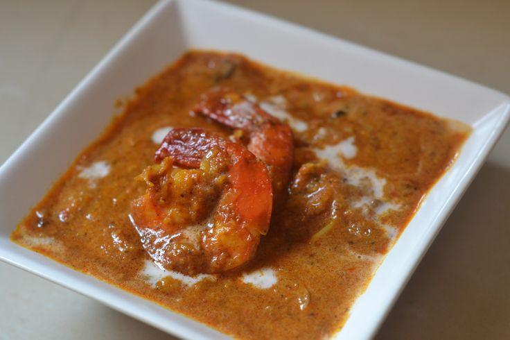 Malvani Prawns (Tiger Prawns cooked in Malvan style) : http://secretindianrecipe.com/recipe/malvani-prawns-tiger-prawns-cooked-malvan-style