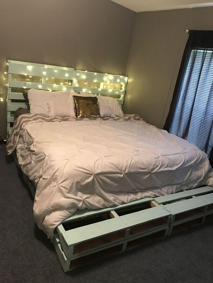 Diy pallet bed frame apartment pinterest diy pallet for Queen size pallet headboard plans