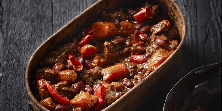 Kruidig stoofvlees met kidneybonen en cacao runderlappen