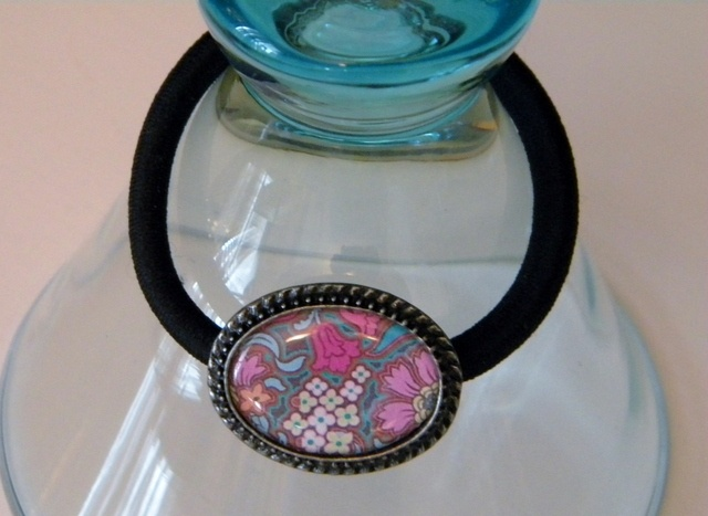 on auction TODAY in Accesories starting at 7 pm CST...: Auction Today, Pm Cst, Accesories Start