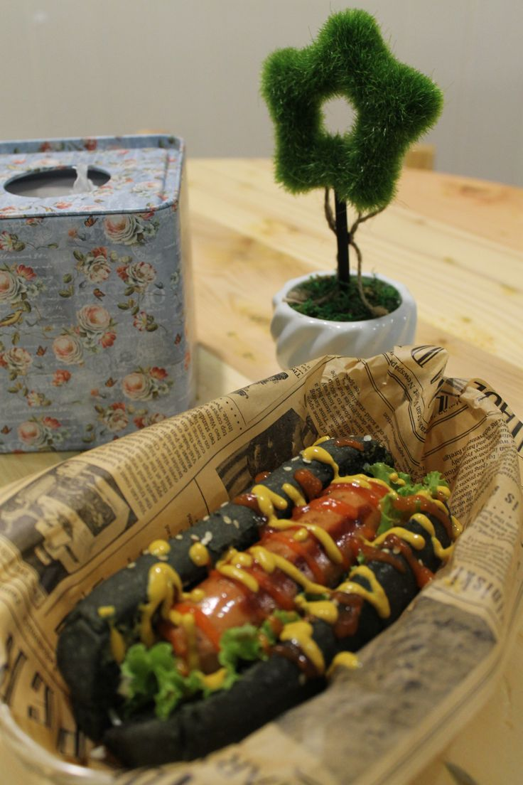 Hotdog Hitam - Black Hotdog