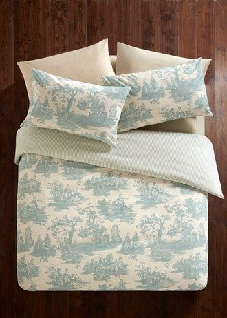 Toile Print Reversible Bedding Set
