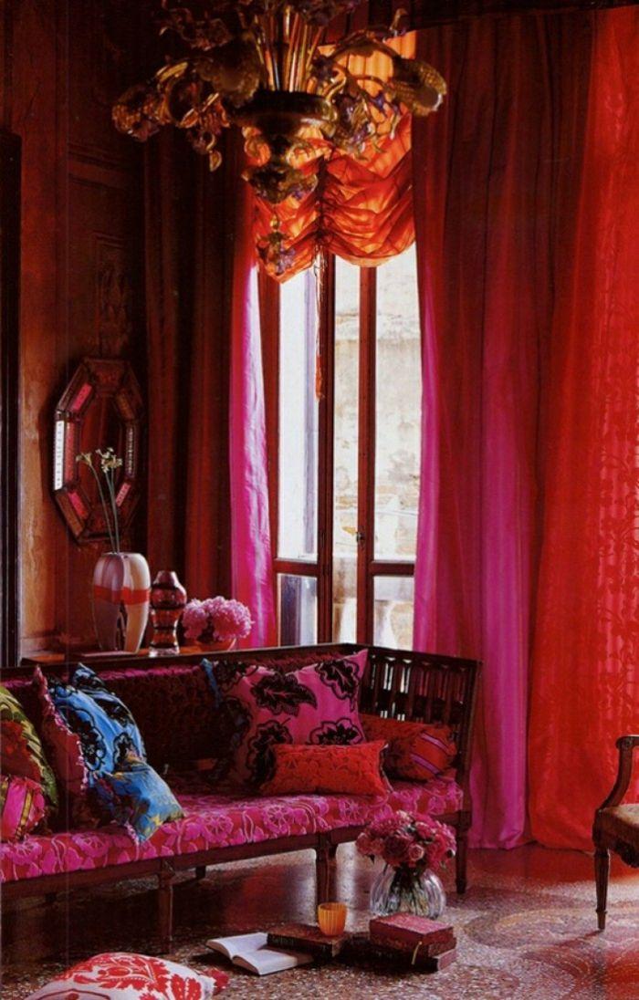 hauseinrichtung marokkanische textilien grelle farben pink rot vorhänge