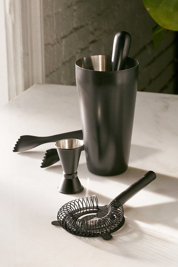 Monochromatic Bar Cocktail Shaker Set