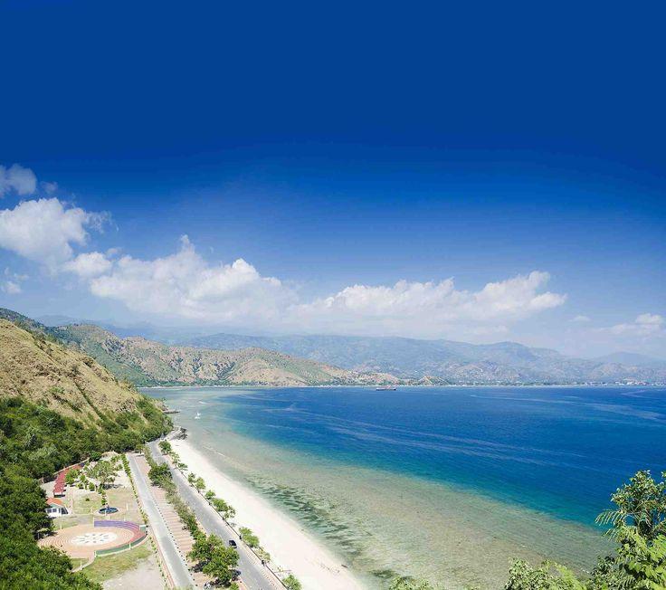 East Timor - Praia da Areia Branca e Dili ao fundo