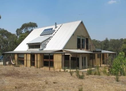 17 best images about mud brick houses on pinterest steel for Brick cabin