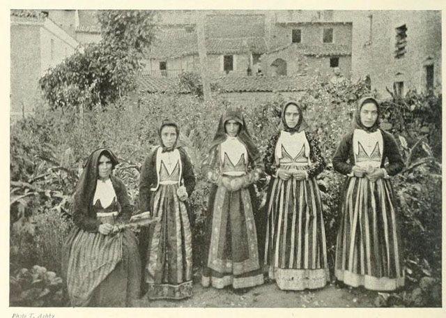 Sardinia folk costume
