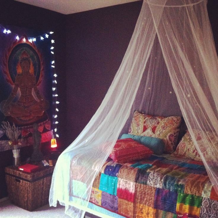 Best 25 Purple Bedroom Paint Ideas On Pinterest: 25+ Best Ideas About Dark Purple Walls On Pinterest