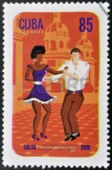 danse folklorique: CUBA - vers 2010 Un timbre imprimé à Cuba dédié aux danses populaires, montre danse salsa, vers 2010