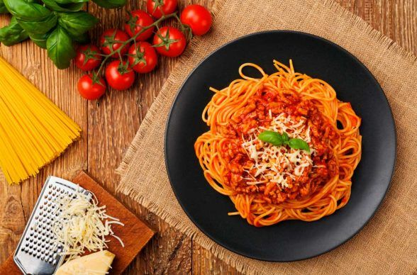 Espagueti A La Boloñesa Receta Receta De Espaguetti Espagueti A La Bolognesa Espaguetis Con Carne