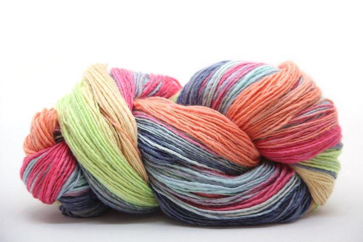 pastelky_6_handspun_rucne_pradena_vlna_kolovratok_farbena_hand_dyed_yarn_sinning_spinrad_vlna-art.sk_