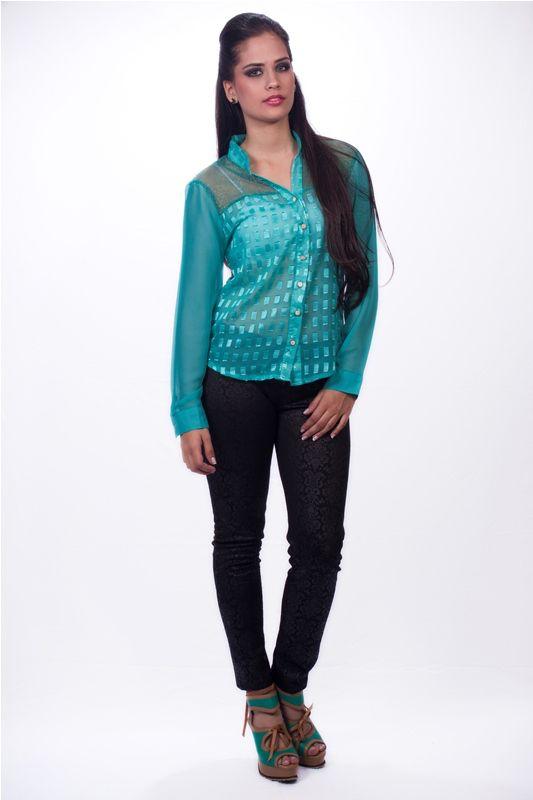 Blusa Awey  $ 32.000 www.ropaalmadivina.com #almadivina #actual #accesorios #estilo #ejecutivo #ropa #tendencias #outfits #prendas #actual #almadivina #diseño #novedades #casual #chic #collar #moda  #zapatos #tacones #sandalias