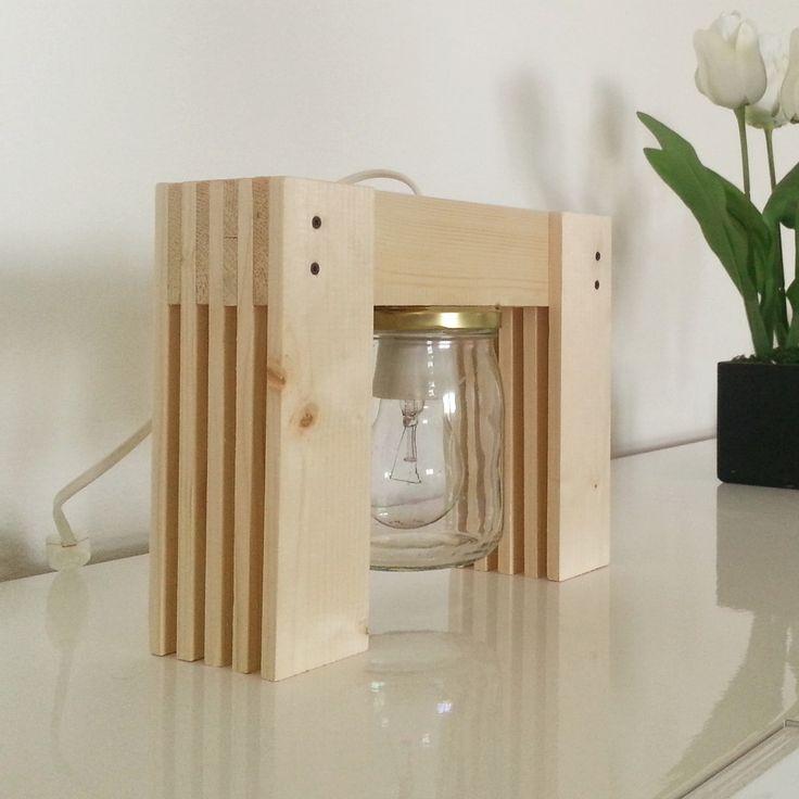 Lampada da tavolo in legno con barattolo in vetro : Lampade di gpwooddesign